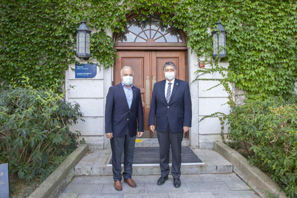 Dr. Kerem Kınık ve Prof. Dr. Mehmed Özkan