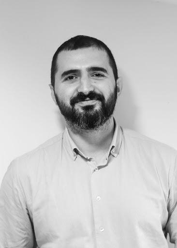 Dr.Erşen Kavak