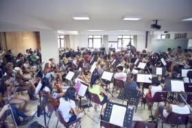 Boğaziçi Üniversitesi, yaşları 10-19 arasından değişen 200 çocuk ve eğitmeni kapsayan Sistema Europe Orkestra Kampı'na ev sahipliği yapıyor.