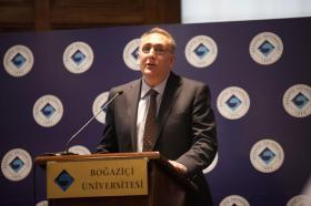 Prof. Dr. Ali Tekcan